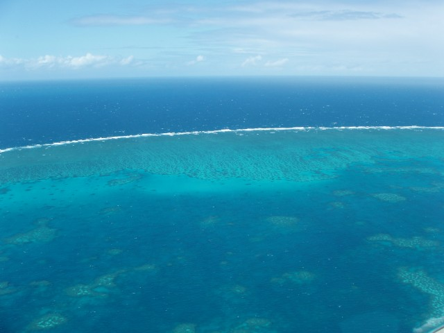 Pollygone Travel - Australia - Great Barrier Reef.